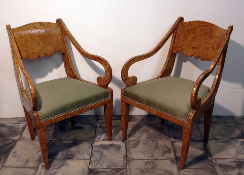 Четыре кресла фанерованные капом тополя в стиле Ампир