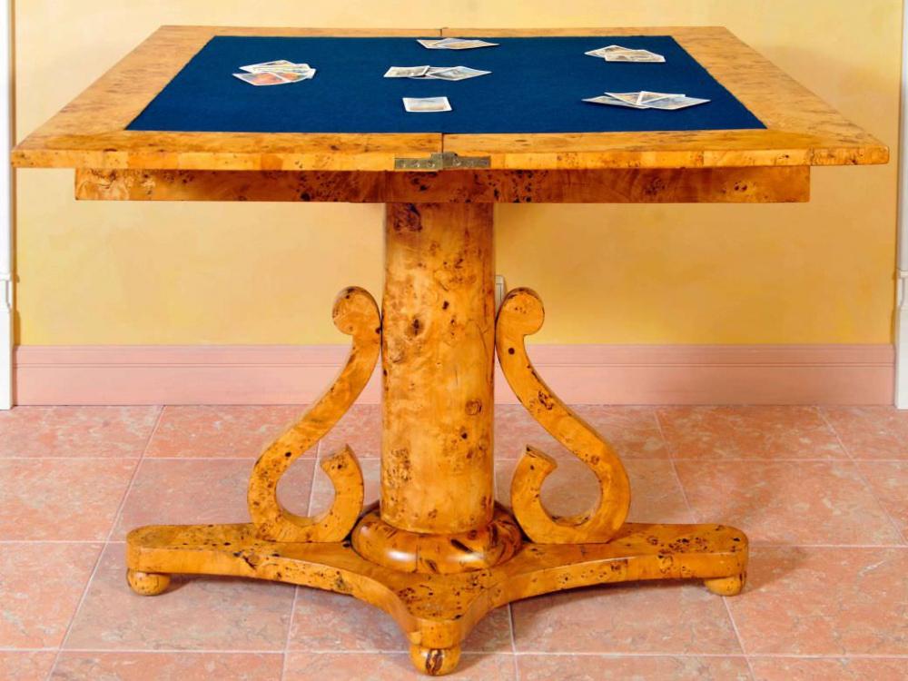 Стол ломберный фанерованный капом тополя в стиле Ампир