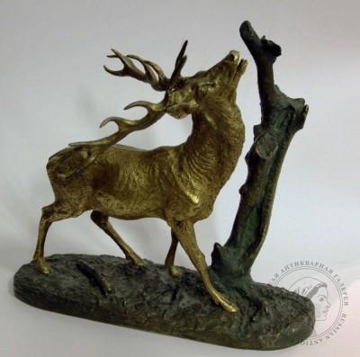 Фигура бронзовая «Олень»