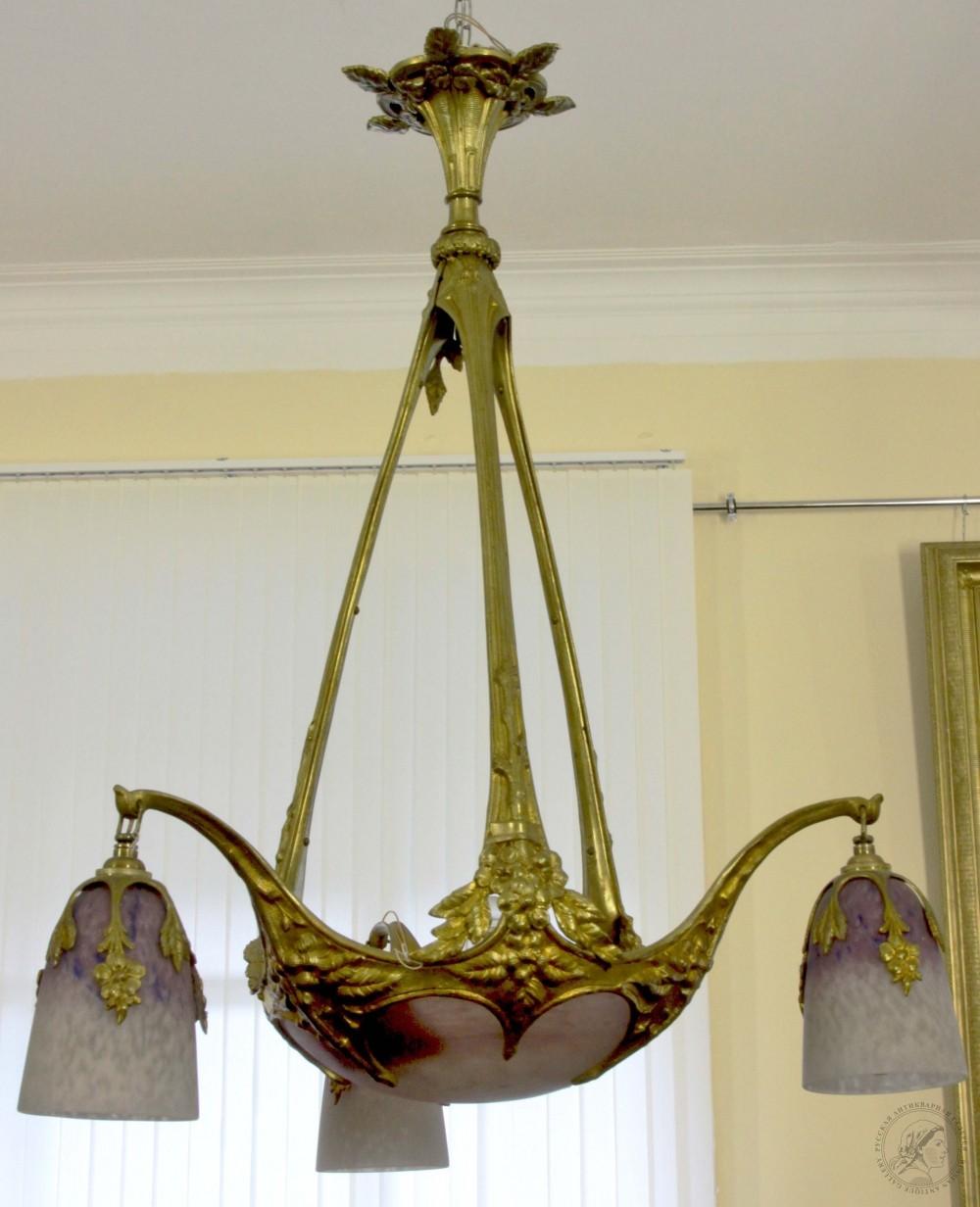 Люстра бронзовая в стиле модерн  с цветным многослойным стеклом