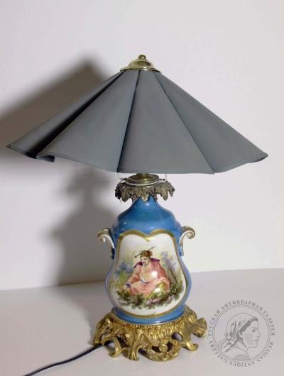 Лампа фарфоровая в барочном стиле