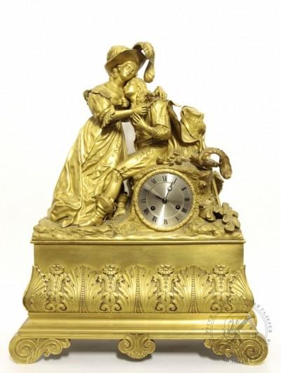 Часы бронзовые каминные «Галантная сцена»