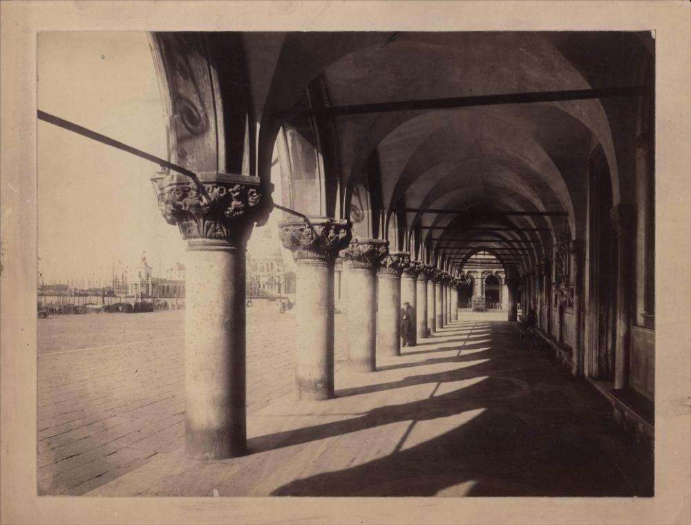 № 25 Старинная фотография «Виды Италии»