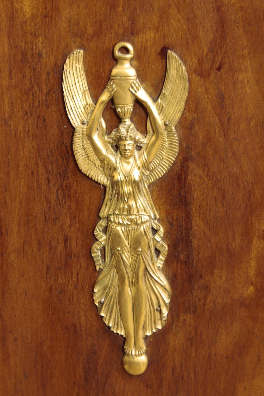 Шкаф тумба красного дерева декорированный бронзовыми накладками в стиле Ампир