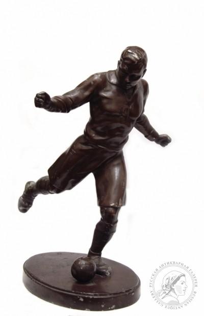 Кабинетная скульптура «Футболист»