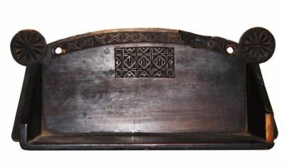 Полочка настенная в псевдорусском стиле (Абрамцево)