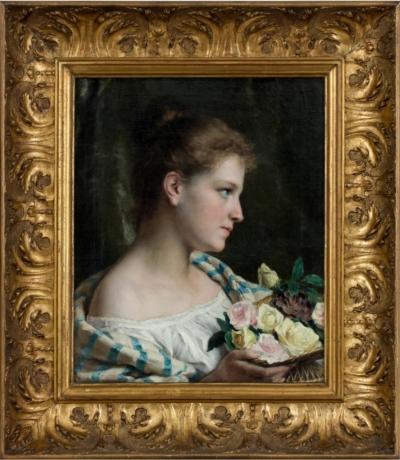 девушка с корзинкой роз