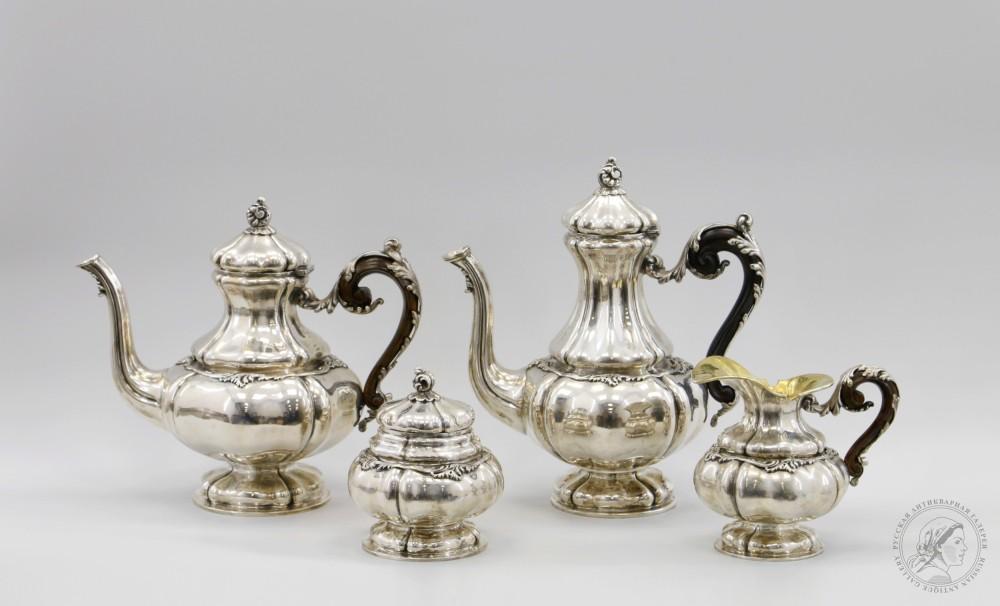 Чайно-кофейный сервиз из четырёх предметов