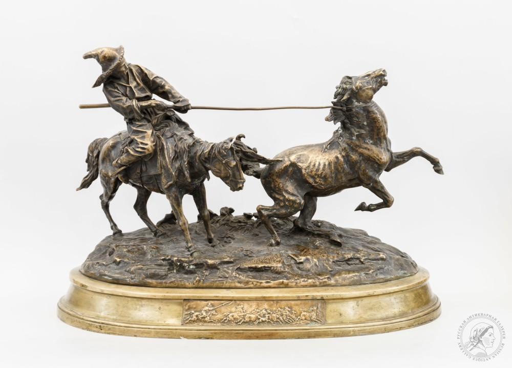 Скульптурная композиция «Ловля дикой лошади»