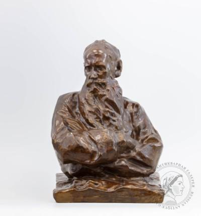 Скульптурный портрет Льва Николаевича Толстого