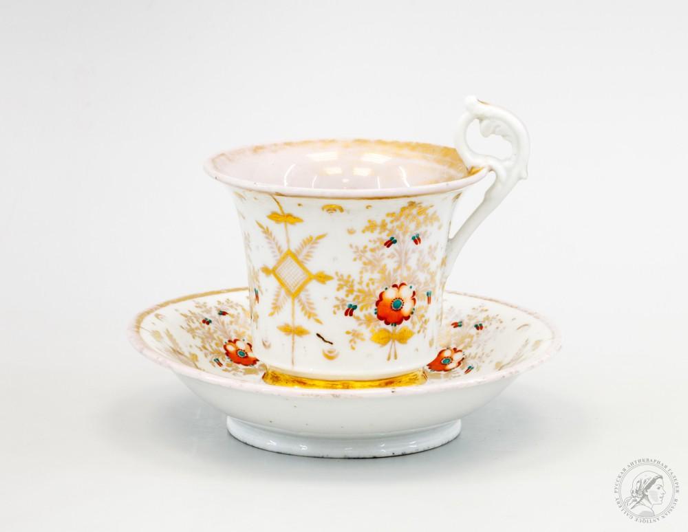 Чайная пара с цветочным декором в стиле ампир (фарфоровый завод Гарднера)