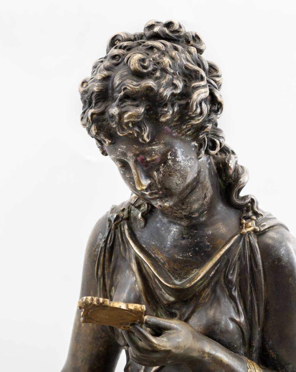Скульптура «Венера с зеркалом»