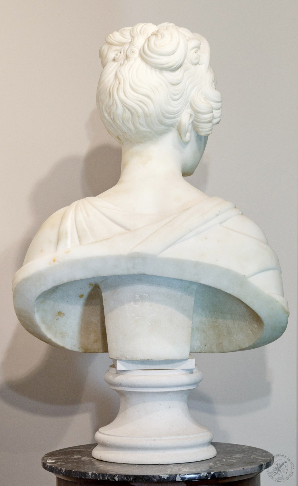 Бюст Александры Фёдоровны ( супруги Николая I)