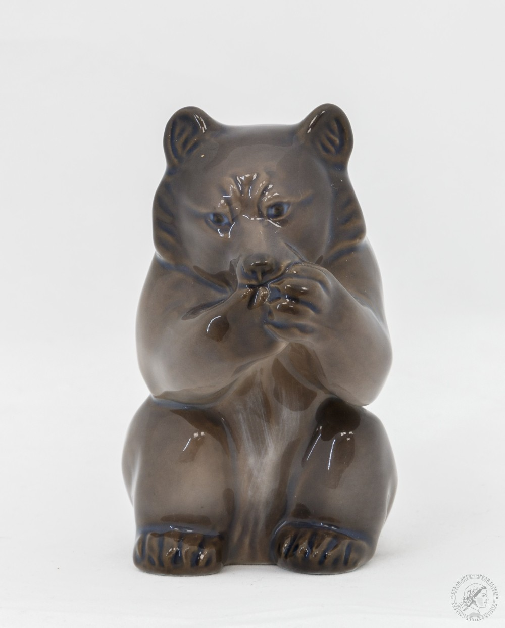 Фигурка фарфоровая «Мишка»