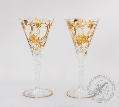 Парные бокалы с рокайльным декором