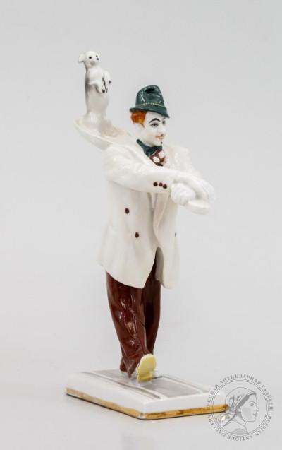 Скульптура «Клоун Вяткин с собачкой Манюней»