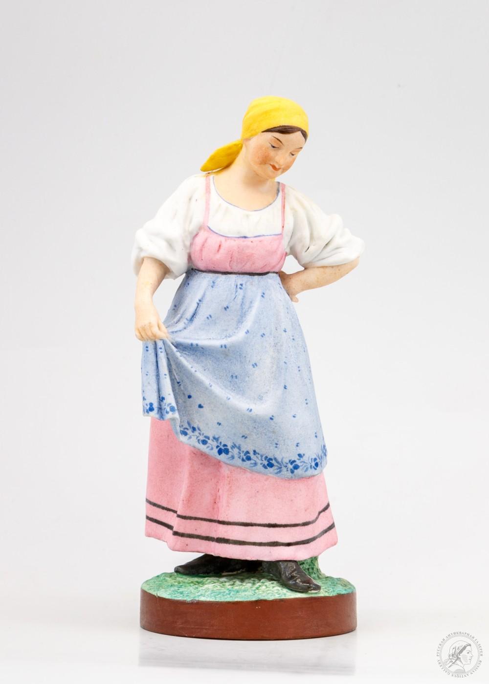 Скульптура «Танцующая крестьянка»