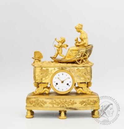 Часы каминные Венера и Амур в колеснице