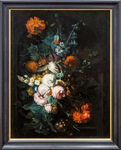 картина натюрморт с цветами и бабочками