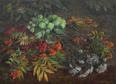 Осенний натюрморт с рябиной