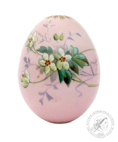Пасхальное яйцо «Земляничный букет»