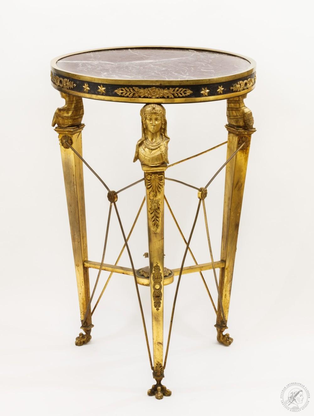 Стол круглый с мраморной столешницей с бронзовыми гермами