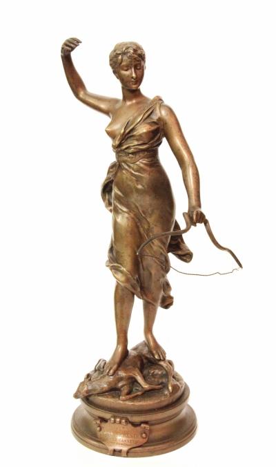 Бронзовая скульптура Диана охотница