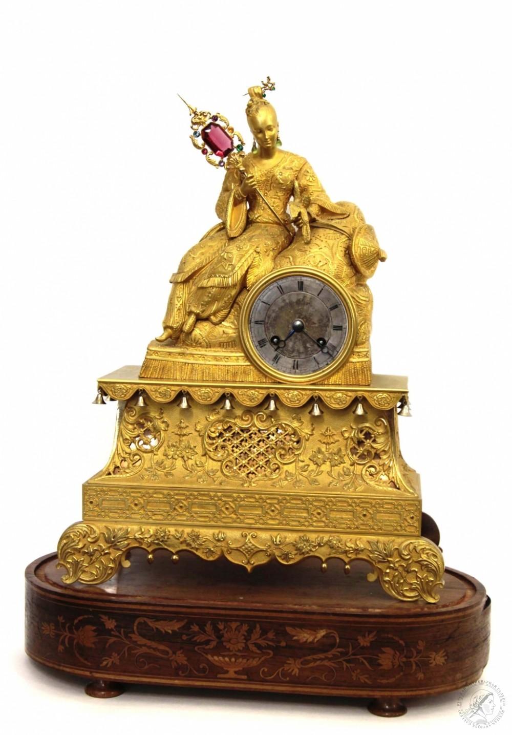 Бронзовые золочённые старинные часы