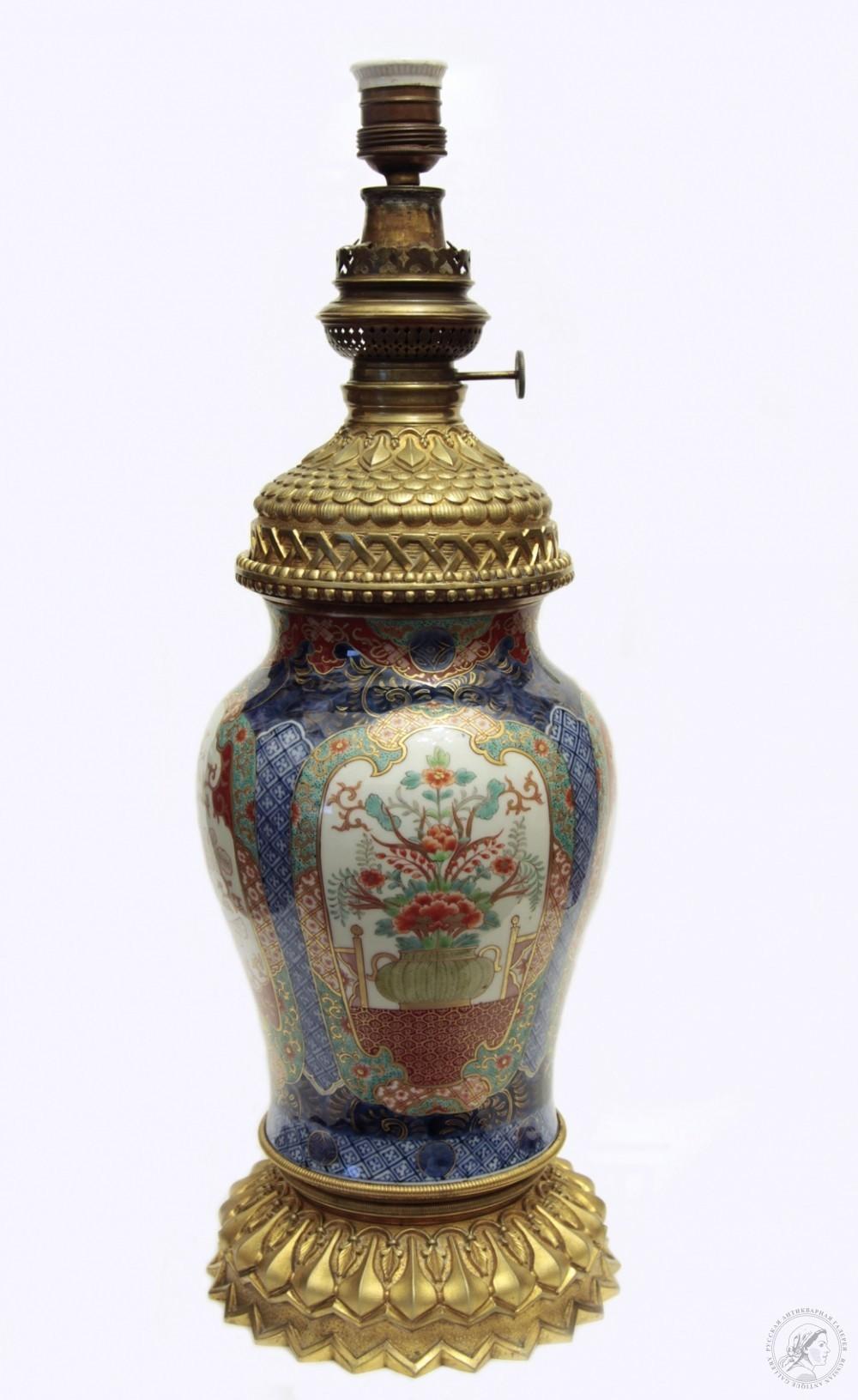 Старинная лампа в китайском стиле. ПОСТАВЩИКА ВЫСОЧАЙШАГО ДВОРА. Фабрики КРУМБЮГЕЛЬ. А