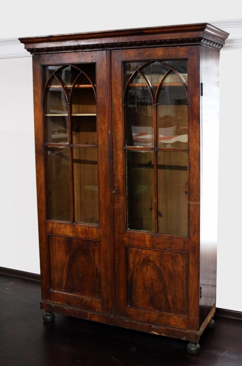 Книжный шкаф в стиле Ампир